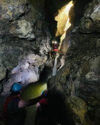 Aventuras en la Montaña Cuevas